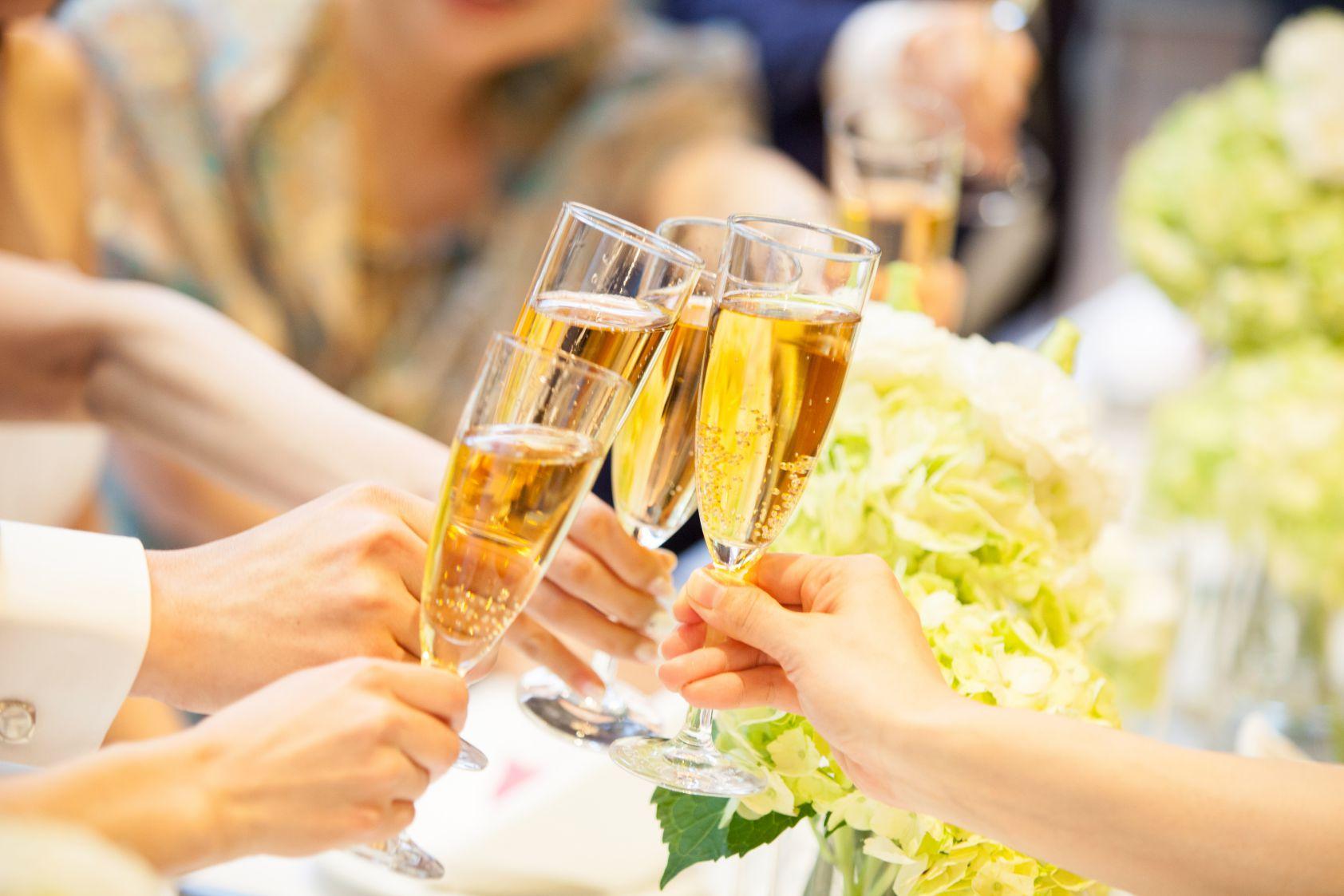 福岡・九州で1.5次会・会費制パーティ、結婚式ならウェディングセレクト!1.5次会