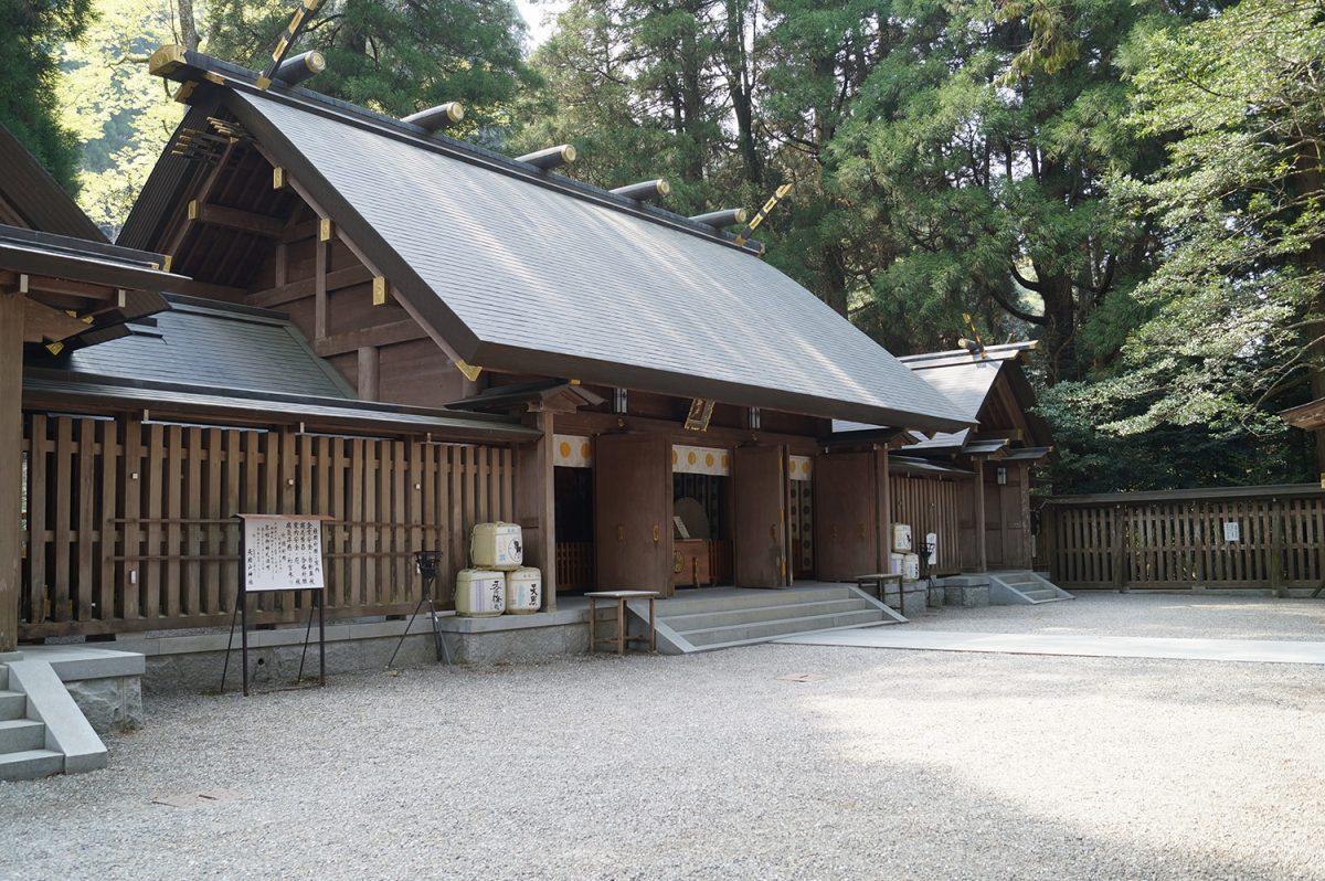 天岩戸神社|住吉神社・護国神社など神社結婚式に人気の神社|福岡・九州で和装の神社結婚式・和婚ならウェディングセレクト!和婚