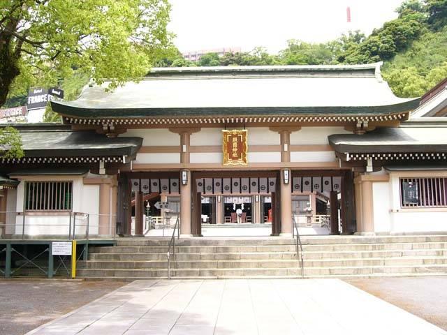 照国神社|住吉神社・護国神社など神社結婚式に人気の神社|福岡・九州で和装の神社結婚式・和婚ならウェディングセレクト!和婚