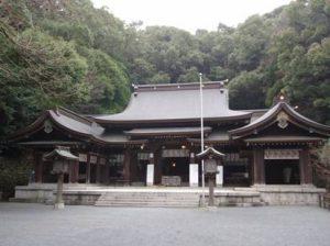 高見神社|住吉神社・護国神社など神社結婚式に人気の神社|福岡・九州で和装の神社結婚式・和婚ならウェディングセレクト!和婚