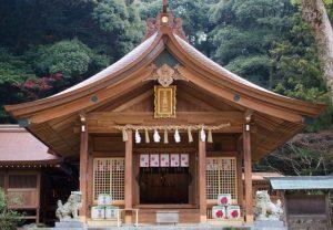竈門神社|住吉神社・護国神社など神社結婚式に人気の神社|福岡・九州で和装の神社結婚式・和婚ならウェディングセレクト!和婚