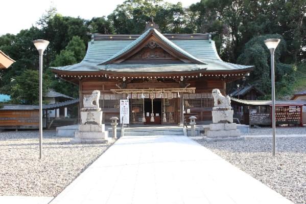 岡田宮|住吉神社・護国神社など神社結婚式に人気の神社|福岡・九州で和装の神社結婚式・和婚ならウェディングセレクト!和婚
