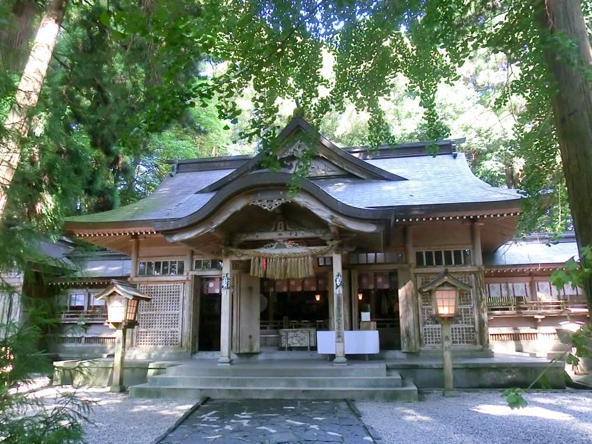 高千穂神社|住吉神社・護国神社など神社結婚式に人気の神社|福岡・九州で和装の神社結婚式・和婚ならウェディングセレクト!和婚