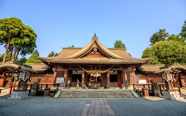 阿蘇神社|住吉神社・護国神社など神社結婚式に人気の神社|福岡・九州で和装の神社結婚式・和婚ならウェディングセレクト!和婚